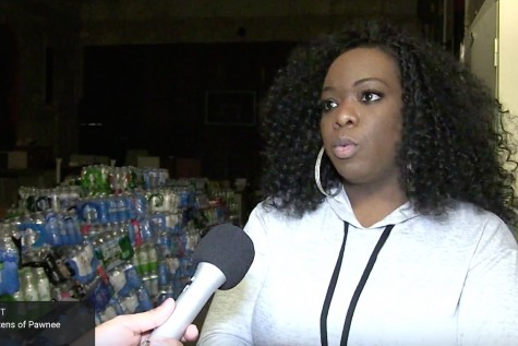 Springfield resident collects bottled water for Flint, MI