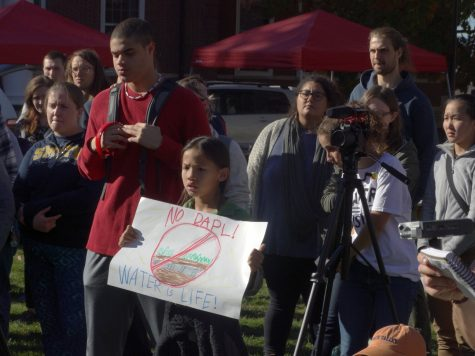 Five College students stand in solidarity with #noDAPL