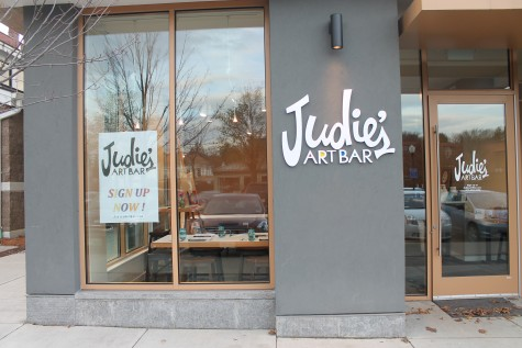 New art bar opens in downtown Amherst