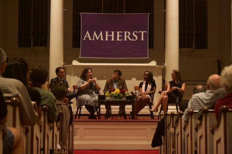 From left: Byron Tau, Jessica Taylor, Tim Murphy, Abby Phillip, Julia Ioffe. (Morgan Hughes/Amherst Wire)