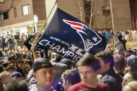 VIDEO: Patriots fans rush Southwest following Super Bowl win