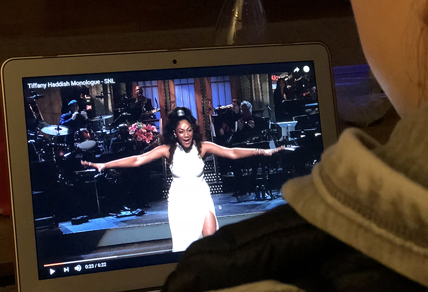 Student watching Tiffany Haddish's Saturday Night Live monologue (Jordan Allen/Amherst Wire)