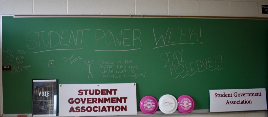 A sign for student power week. (Patrick Kline/Amherst Wire)