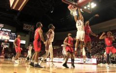 Basketball Highlights: UMass defeats Duquesne