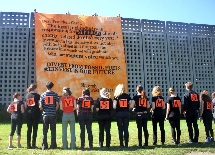 Divest+UMass+campaigns+for+change