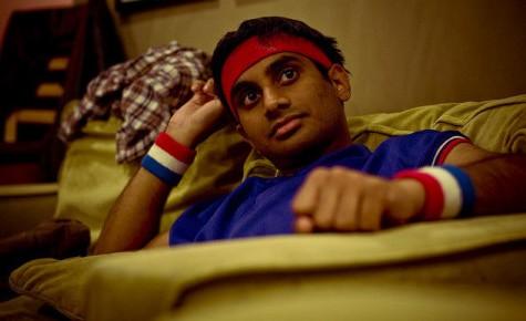 """Aziz Ansari hits home run in """"Master of None"""""""