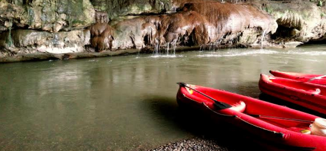 An adventure in the caves of Northern Thailand